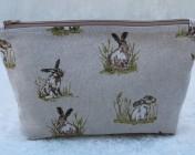 Zipped Bag – Hares
